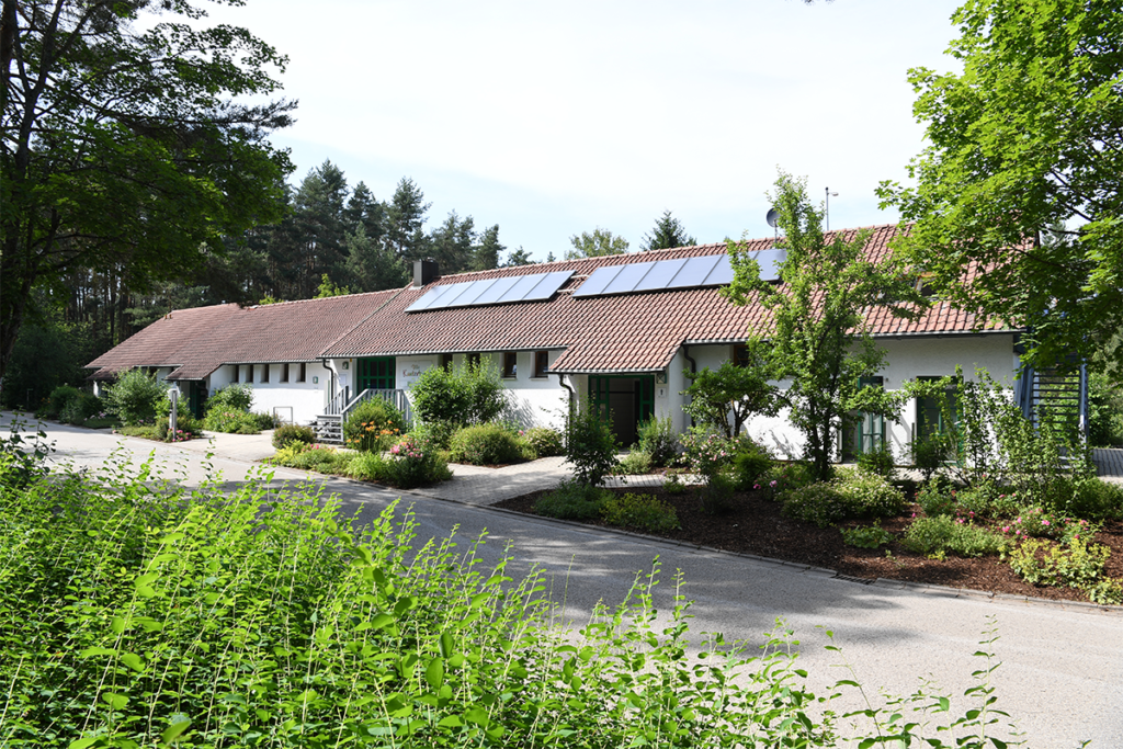 Verwaltungsgebäude-Waldcamping-am-Brombachsee